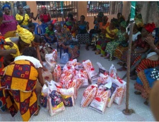 Mercy Johnson Donates Food and Clothing to 5000 Widows 3