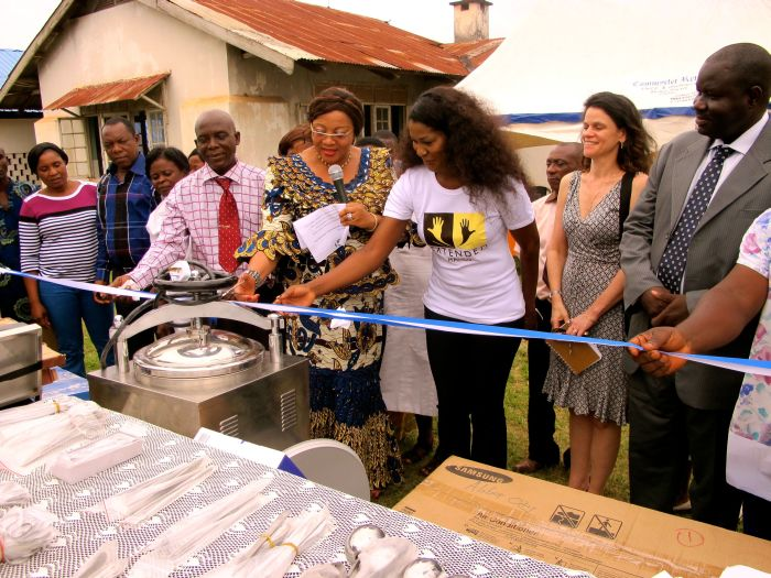 Stephanie Linus' Extended Hands Foundation VVF Project012